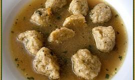 Bramboráčkové knedlíčky do polévky