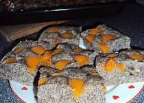 Meruňkový makovec