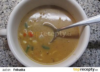 Polévka z krabích tyčinek