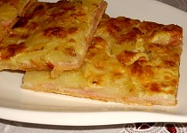Slaný koláč s brambory