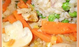Sojové nudličky s mrkví a žampiony