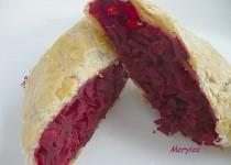 Závin z listového těsta s červenou řepou - příloha k pečenému masu