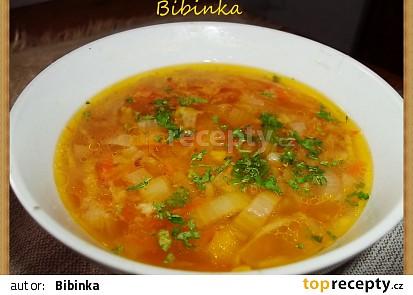 Cibulovo-celerová polévka