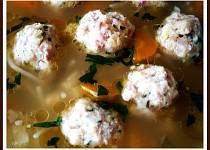 Masovo-morkové knedlíčky v hovězím vývaru