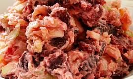 Růžový bramborový salát