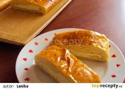 Ananasový závin s tvarohem