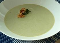 Brokolicový krém s vlašskými ořechy