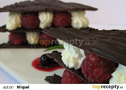 Mille-feuille z čokolády a malin