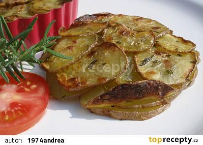 Rozmarýnové pečené bramborové placičky