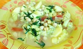 Cizrnová polévka se zelím