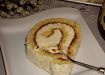 Piškotová roláda s kokosem