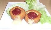 Smažené tvarůžky s marmeládou a broskví pro Rebeku
