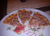 Tenká pizza