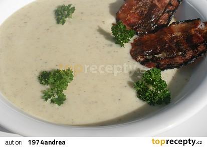 Kedlubnovo slaninová krémová polévka