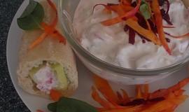 Lehký zeleninovo-sýrový salátek k bagetce