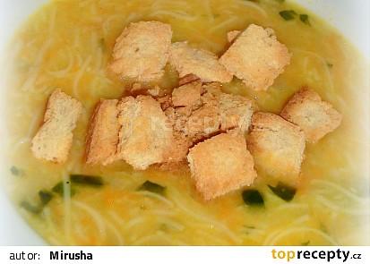 Mrkvová polévka od maminky