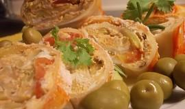 Pikantní, ostřejší, olivovo - sýrová  chuťovka