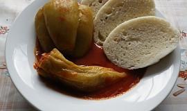 Plněné papriky s rajskou omáčkou