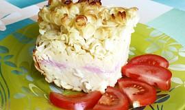 Zapečené těstoviny se sýrem a šunkou