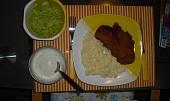 """""""Dietní"""" řízečky se šťouchanýma bramborama a okurkovým salátem"""