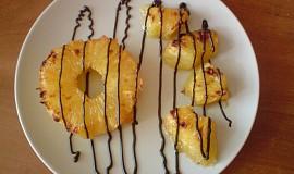 Grilovaný ananas v rumovém láku