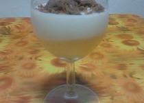 Broskvovo-tvarohovo-smetanový pohár