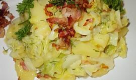 Kapustovo- bramborový salát se slaninou a koprem