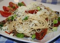Špagety s chutí Středomoří