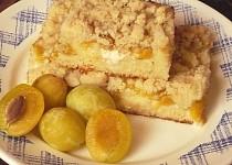 Šťavnatý špendlíkový koláč s tvarohem