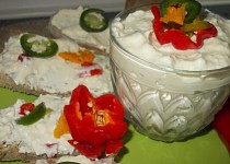 Vaječná pomazánka s chilli papričkama ( aneb  pálí, pálí, pálí )