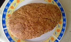 Voňavý domácí celozrnný chléb