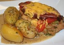 Zapečená kuřecí prsa se šunkou a sýrem