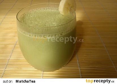 Banánový milkshake z čaje Matcha