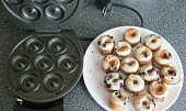 Borůvkové Donuts - Donut maker