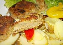 Krůtí karbanátky s  cuketou a kapustou