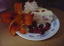 Nepečený tvarohový dort s malinami