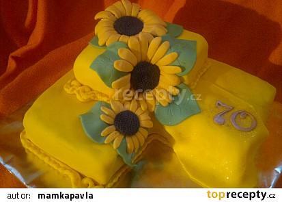 Punčový dort se slunečnicema