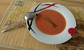 Krémová polévka z červené řepy