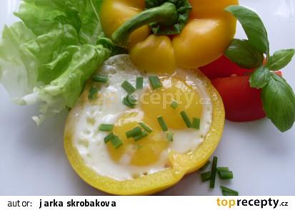 Paprikové řezy se sázenými vejci
