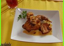 Pečený králík na česneku, víně a čerstvé majoránce