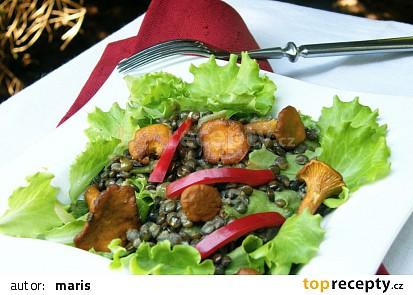 Salát ze  zelené  čočky  s liškami