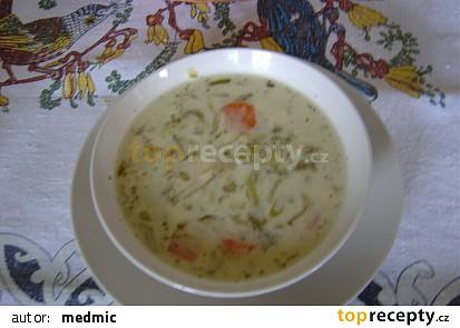 Smetanová okurková polévka