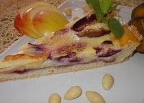 Smetanovo-pudingový koláč  s ovocem