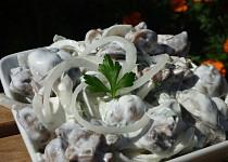 Žampionový salát s majonézou