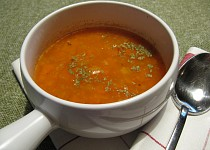 Červená čočková s kari (polévka)