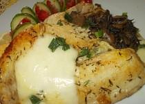Tilapie, zapečená s mozzarelou  a houbami