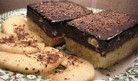 Čokopiškotové řezy