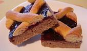 Dvoubarevný mřížkový koláč