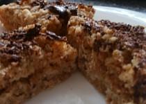Irský jablečný koláč se strouhanou polevou
