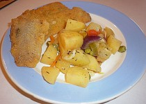 Jamajská escovitch fish s pikantní zeleninou